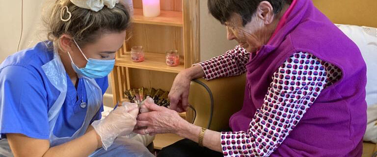 care-assistants-in-Omagh-Knockmoyle-Lodge